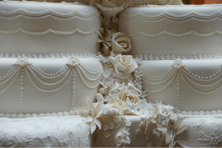 Royal wedding cakes blog image. Image du blog des gâteaux de mariages royaux